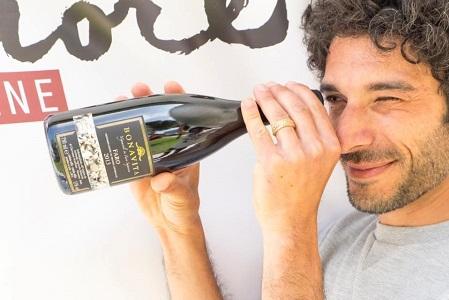 """L'estate di Giovanni Scarfone: """"Doc Faro, la viticoltura eroica e i vigneti a picco su due mari"""""""